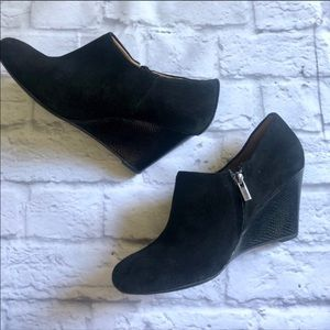 Clark's suede heeled wedge ankle boots black  9.5